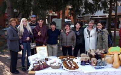 Predstavnici Udruge Jaglac sudjelovali na 10. Festivalu bundeva u Belišću s izložbenim štandom svojih proizvoda