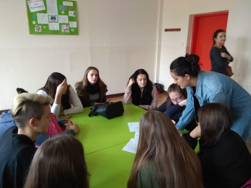 Osnovana tri školska volonterska kluba