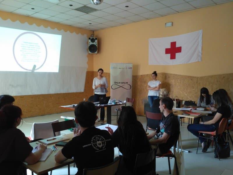 """Provedena edukacija """"Uvod u menadžment volontera"""" u Slatini"""
