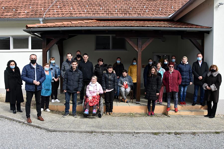 Udruzi Jaglac Župan VPŽ uručio Ugovor za sufinanciranje socijalne usluge poludnevnog boravka